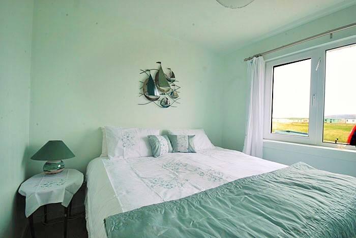 double-turquoise-bedroom